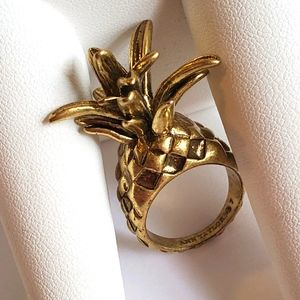 Ann Taylor Vintage Gold Pineapple Ring